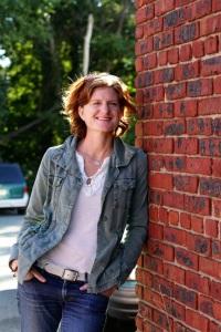 Maya Stein, Ninja poet, writing guide, creative adventuress.